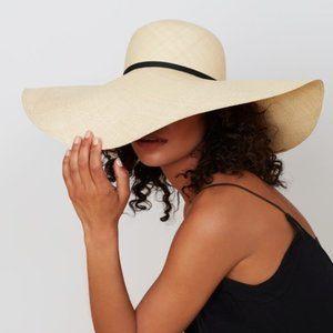 Cuyana Oversized Straw Beach Hat Size 57